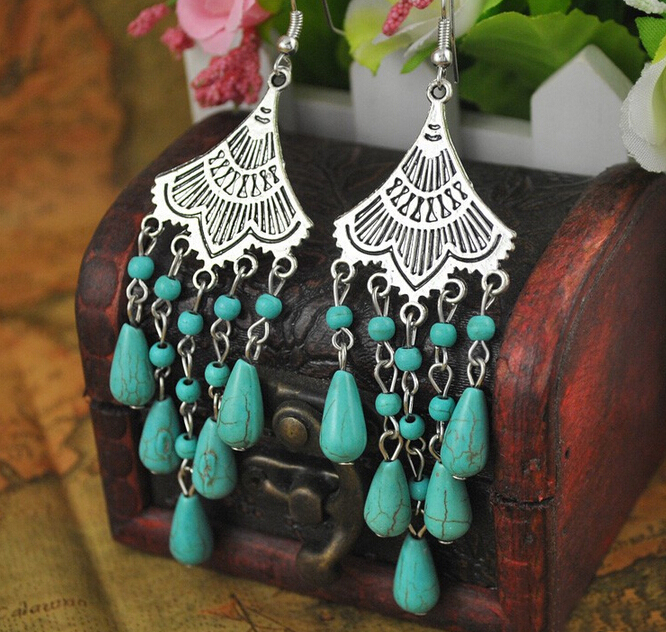Women Vintage Tibetan Metal Earrings Tibetan Ethnic Tribal Boho Green Stone Drop Earrings Gypsy Turkish Party Jewelry