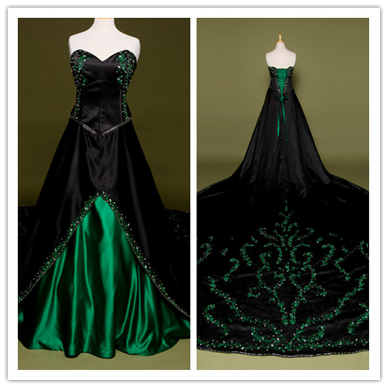Schwarz wedding dress green hand embroidery bodice lace up for Black designer wedding dresses