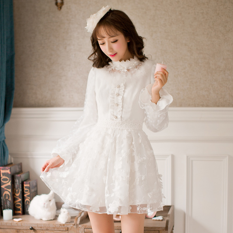 Princess sweet lolita white dress Candy rain Long sleeved lace Slim Princess A line Japanese design