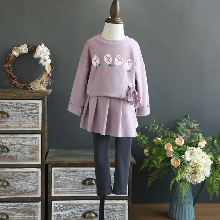 Fine children's clothing 2018 autumn new girl long sleeve tie printed rose personalized sweater + pants skirt two sets