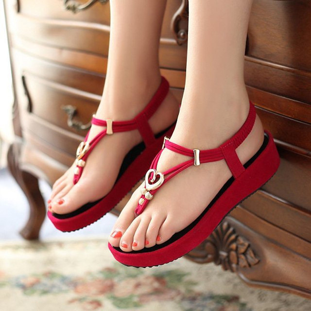 66850b758d7da 2015 summer new Korean sandals a comfortable shoes pinch your feet sandal  manufacturer wholesale beads