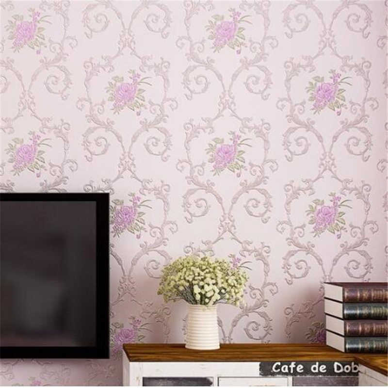 все цены на beibehang High-grade American country flowers non-woven wallpaper beige powder flower bedroom living room background wall paper