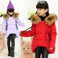 Девушки зима хлопка куртки Новых детских длинные участки теплый капюшоном пальто девушка надьямарош воротник куртки для возраста 3-13 Т