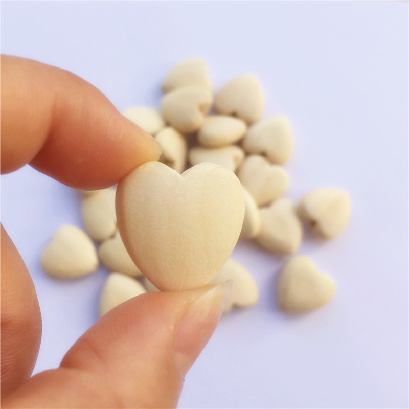 Chenkai 500pcs Natural Wood Heart Teether Beads Unfinished Baby Shower Teethering Wooden Teether Jewelry Toy Beads