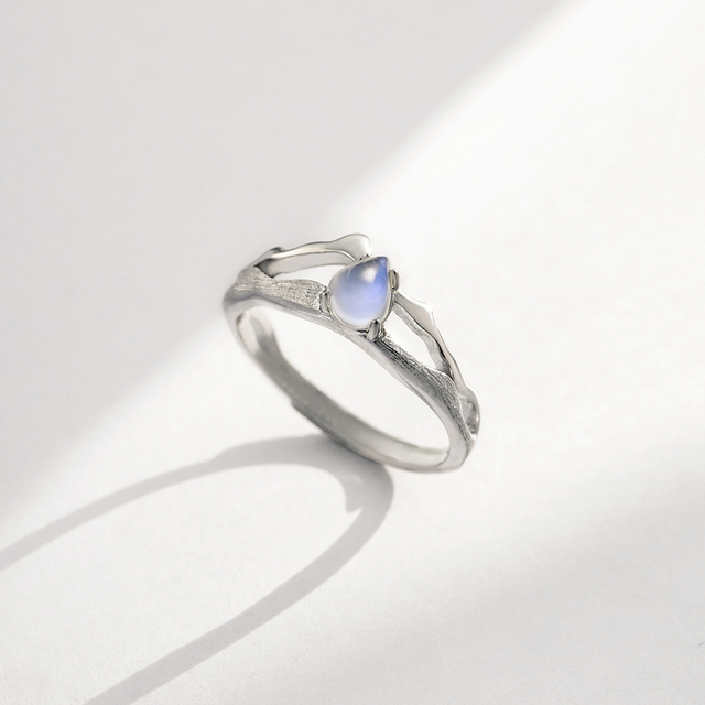 Thaya Natural Blue Light Moonstone Rings Lovers' Romantic Ring 100% s925 Silver Armour Bands For Women Vintage Elegant Jewelry 1