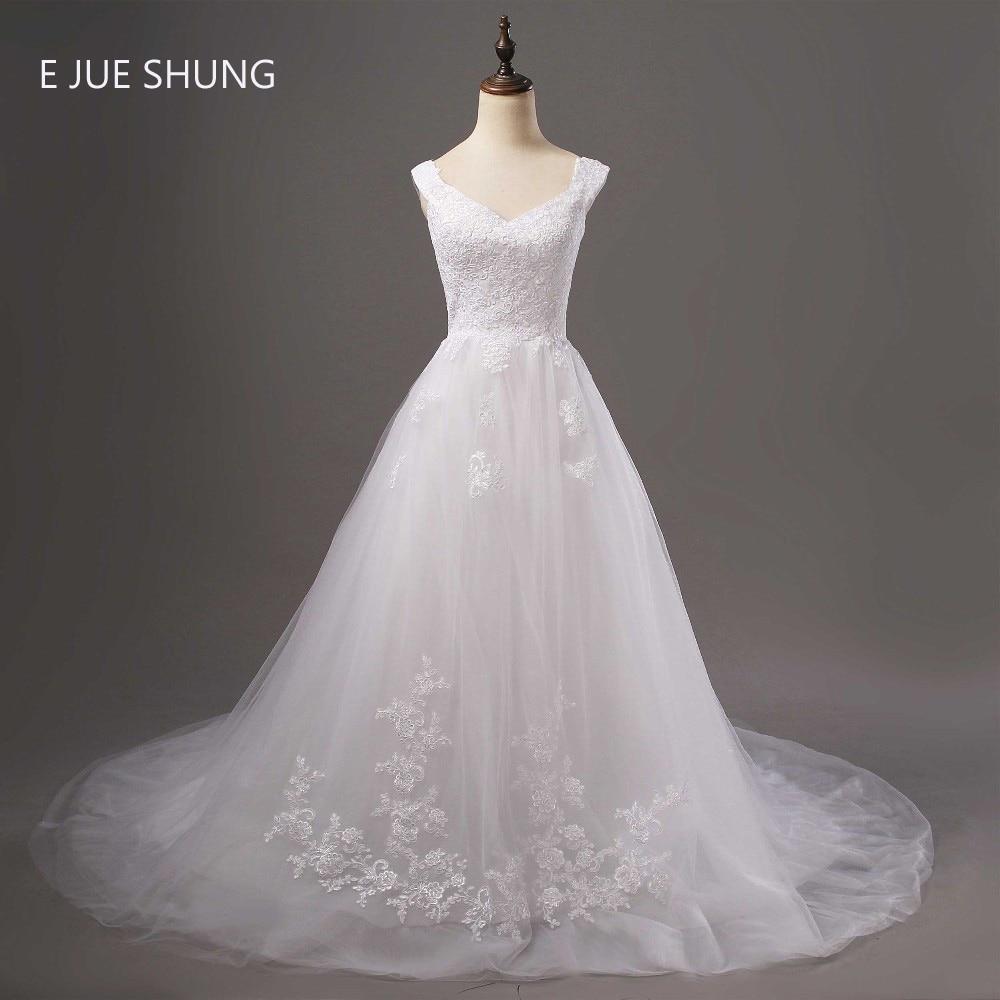 White Vintage Lace Appliques Wedding Dresses 2016 Cap Sleeves Sweetheart Romantic Wedding Gowns Abiti Da Sposa Robe De Marriage