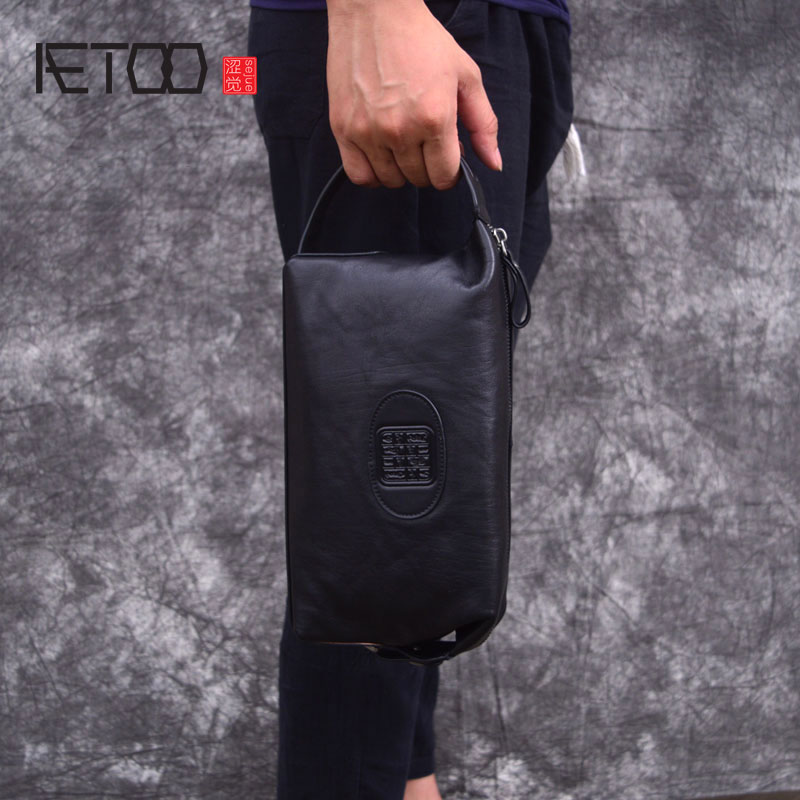 AETOO Hand bag men's leather retro Chinese style clutch bag casual men's first layer leather mobile phone bag free shipping top hot wholesale embroidered mobile mobile phone bag hand bag lady nation style embroidery canvas bag special