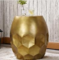 Nordic диван сбоку гостиная углу несколько бронзовые барабаны модные креативные столик.