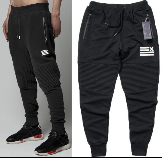 Discover the wide array of styles, including joggers sweatpants, compression tights, leggings and more. Shop by sport, whether it's football, soccer, basketball or running. Complete his look with Nike boys' clothing and shoes, and be sure to explore the collection of boys' fleece pants for more styles.
