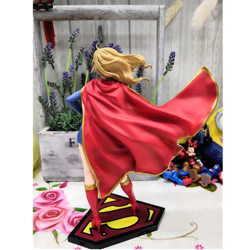 Character World Disney Marvel de la Justicia con Capucha Poncho