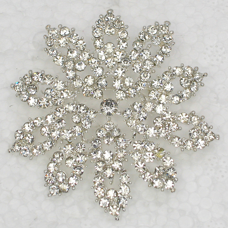 12pcs/lot Wholesale Fashion brooch Rhinestone Flower Pin brooches Wedding Party jewelry gift C102077-in Brooches from Jewelry & Accessories    1
