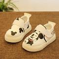 2016 nuevos zapatos de bebé muchachas de los zapatos de la alta calidad linda de dibujos animados bebé zapatos infantiles zapatos de lona cómodos zapatos del bebé infantil