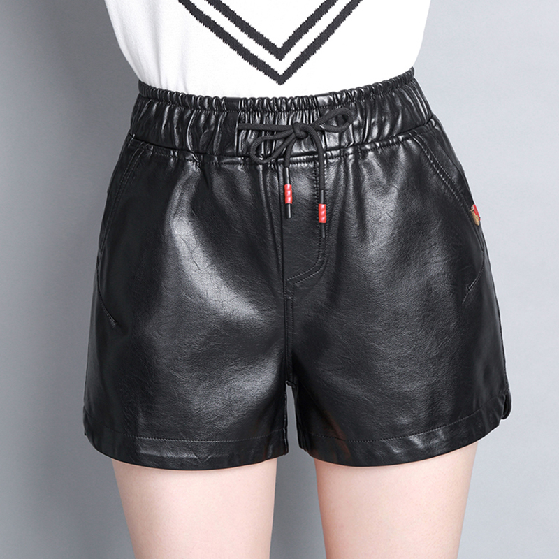 High Quality 2017 New Womens Winter PU leather Black Shorts Elastic Waist Female Celebrity Loose Fashion Women Casual Shorts