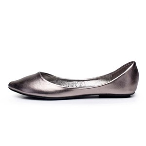 Image 2 - בתוספת גודל 35 41 דירות אופנה נשים 2016 הבוהן מחודדת רך Outsole שטוח העקב נעליים אחת רחוב אופנה דירות משלוח חינם