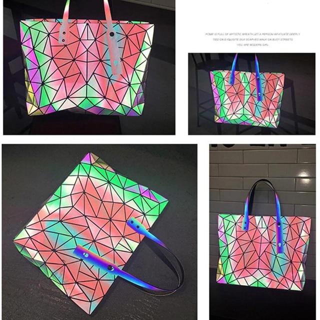 Large Capacity Holographic Handbag 1