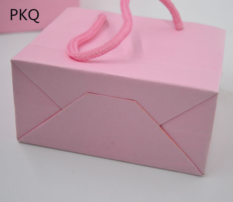 Image 5 - 50 Uds bolsa de regalo blanca de 3 tamaños con asa negra/bolsa de  papel Kraft marrón para empaquetar bolsas pequeñas de joyería Rosa  bolsa de fiesta regaloEnvoltorios y bolsas de regalo