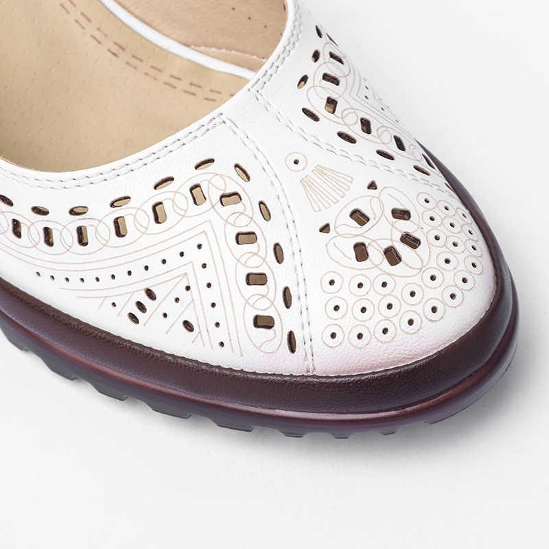 2019 sommer Stil Aushöhlen Sandalen Weiche Leder Frauen Schuhe Spitz High Heel Süße Frau Pumpt Plus Größe Retro schuhe