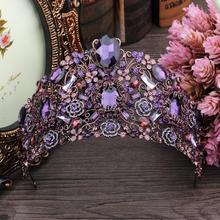 Luksusowe fioletowe korony kryształowe ślubne głowy diadem ślubne akcesoria do włosów Vintage korony piękno ślubne winorośli korona kobiety chluba tanie tanio Queenco Ze stopu cynku TPH-XHG009 Kropla wody Tiary Hairwear Moda Fashion Purple
