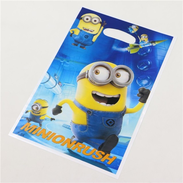 99d82aa88154 Kid favor Birthday Party Decoration Handle Candy Plastic Loot Bags Kids  Favors Minions Gift Bag Baby
