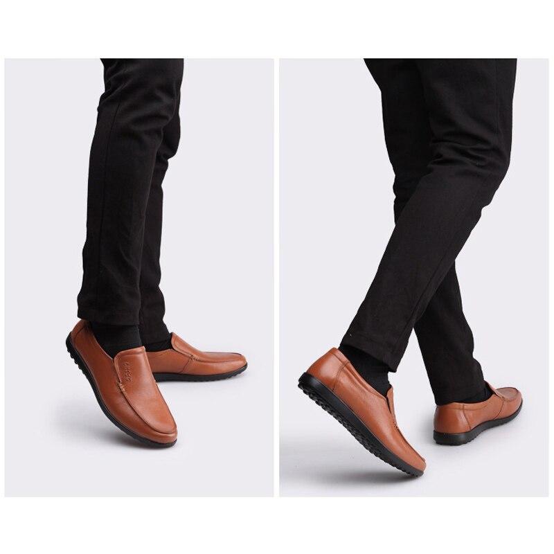 jaune Luxe Mens Chaussures Des Italien Glissement De Noir 2018 Véritable marron En Rond Cuir Oudiniao Casual Sur Printemps Bout Mocassins Hommes R4p5dxawwq