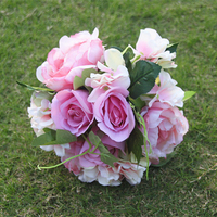 ในสต็อกดอกไม้ประดิษฐ์ช่อดอกไม้งานแต่งงานสำหรับ