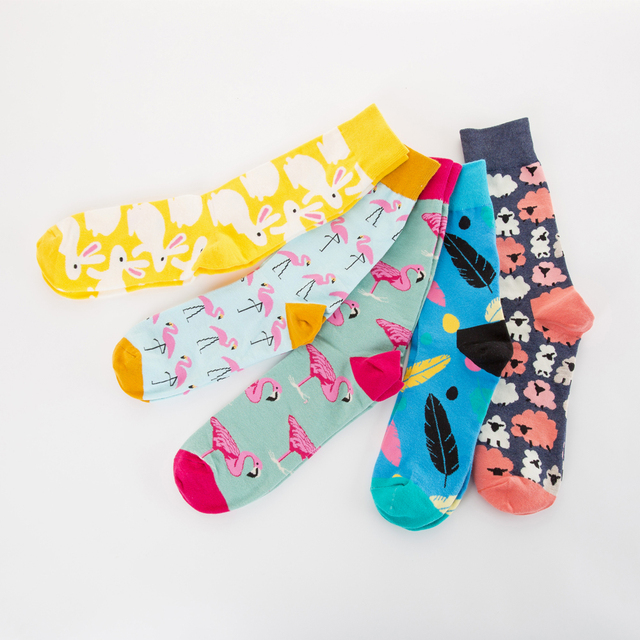 Jhouson 1 Pair Novelty Men's Combed Cotton Colorful  Funny Flamingo Leaves Pattern Crew Happy Wedding Socks For Gifts 2