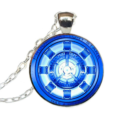 2017 New Trendy Ir Man Arc Reactor Necklace Tony Stark Pendant Round Jewelry Glass Dome Photo Necklaces Silver Chains