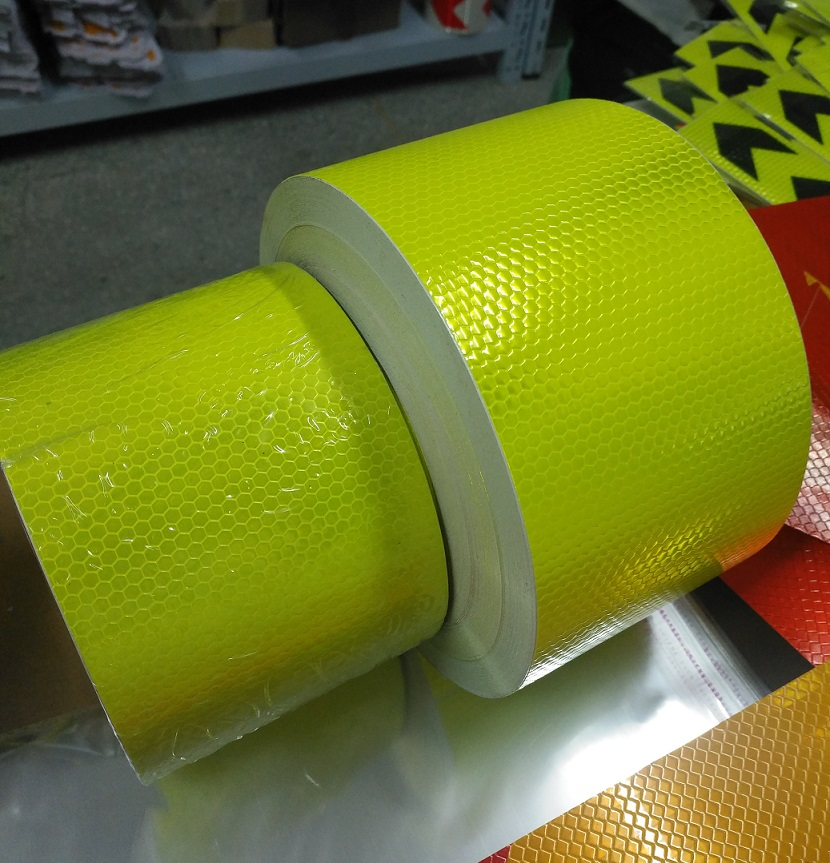 10CM Automobile Car Motorcycle Decoration Self-adhesive Reflective Warning Tape Fluorescent Yellow Reflective Safety Sticker цена 2017