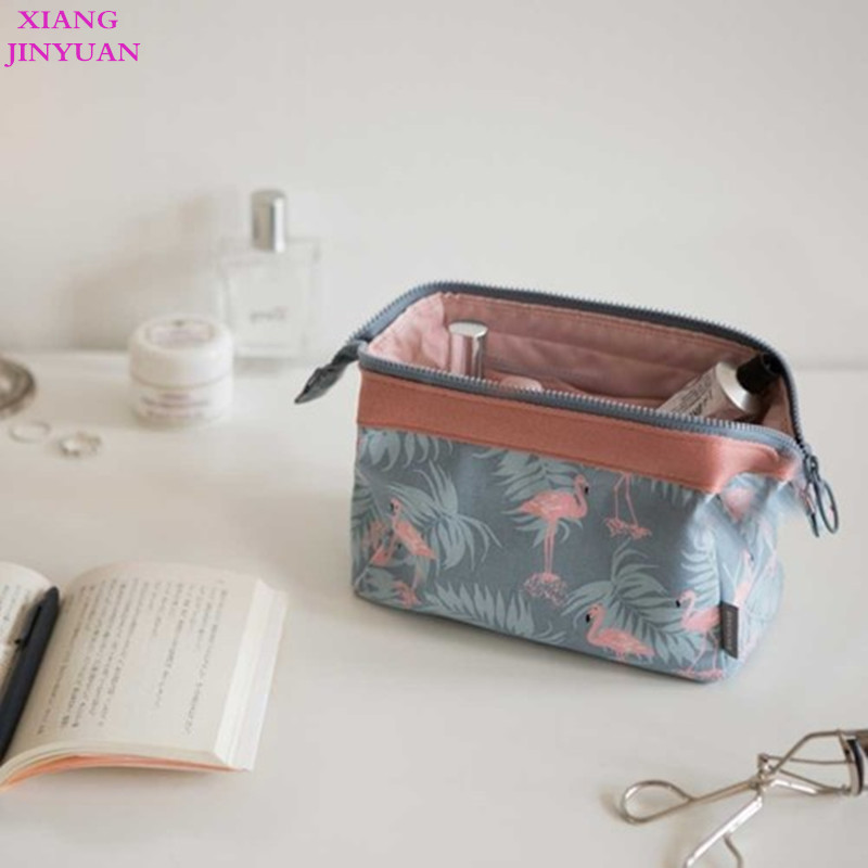 Cosmetic Bag for Women 2017 New Toiletry Bag Kpop Lady Practical Makeup Bags Fashion Pink Flamingos Portable Women's Travel Bag