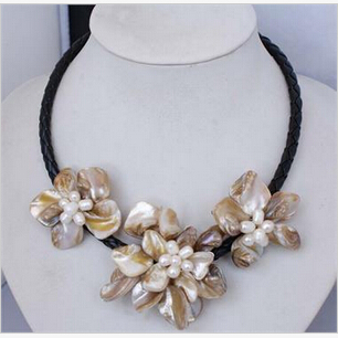 free shipping Manual Handcraft Shell Flower with freshwater pearl necklace 18AAA style Fine Noble real Natural ()