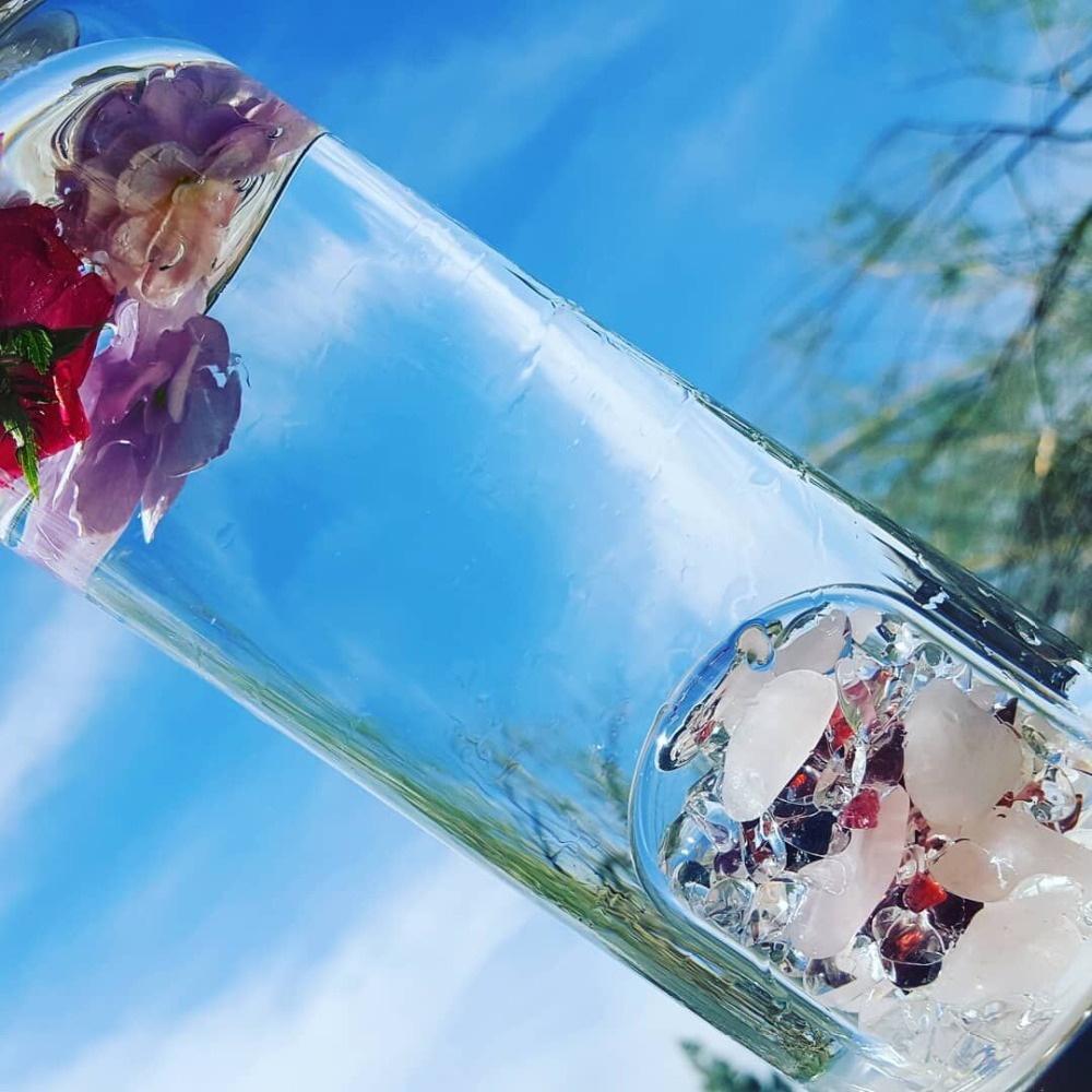New Product Crystal Quartz Bottle Gemstone Glass water bottle Hydrotherapy Health cup Gem water bottle Energy bottle for gifts