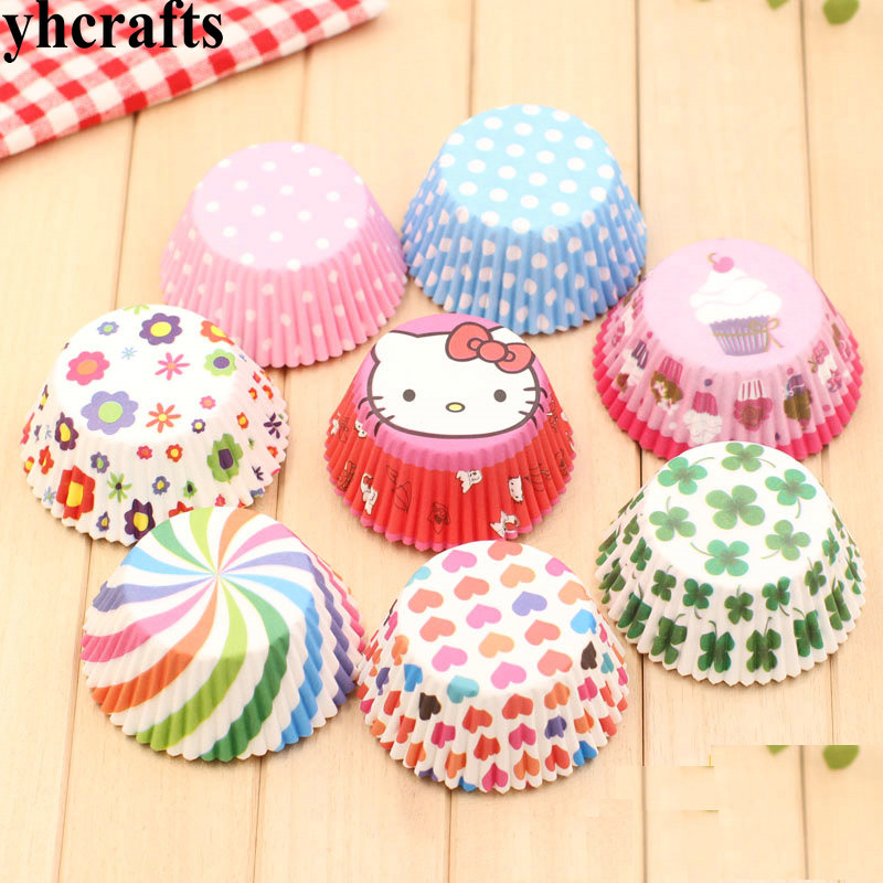 100PCS/LOT.8 Design Muffin Cups Craft Material Kindergarten Arts And Crafts Can Do Flower Animal Family Fun DIY Toys CreativeOEM