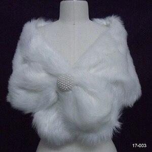 Image 4 - Chaqueta de boda para mujer, chal y chales nupciales, capa de pelo bolero de piel sintética con perlas 2020, accesorios de boda 17003