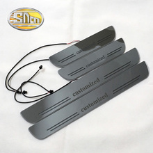 SNCN 사용자 지정 아크릴 이동 LED 환영 페달 자동차 스커프 플레이트 페달 도어 Sill 통로 빛 2pcs 또는 4pcs