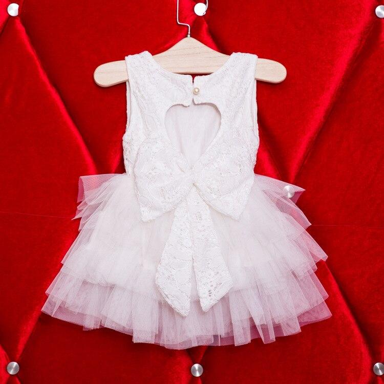 7266bf08bd US $71.0 |Wholesale Back Heart Sharp Girls Wedding Dress, Full Lace Big Bow  White Tutu Dresses, Flower Girls Clothing 5pcs/lot -in Dresses from Mother  ...