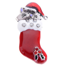 Fashion  Cat Rhinestone Enamel  Gift Sock Stocking Shoes Brooches Pin for Xmas Christmas Gift Unique Jewelry cute rhinestone christmas hat cat christmas stocking brooch