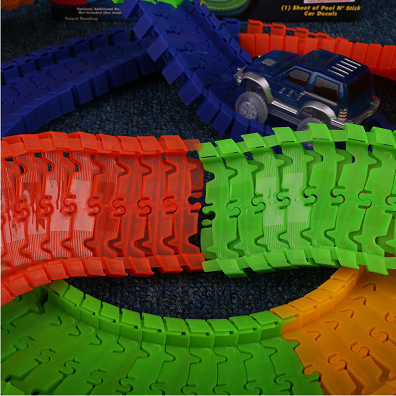 Dropshipping 220 pcs Glowing Race Track Bend Flex Flash in the Dark Assembly Car font b