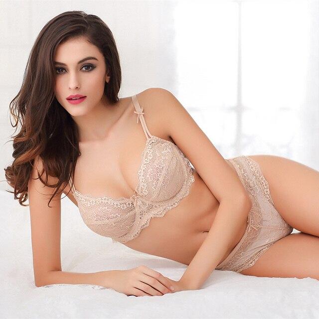 85fe0f71d Moda Feminina Sexy Fantasia Lingerie Sutiã E Calcinha Conjunto Jovem Ultra  Fina e Transparente de Renda