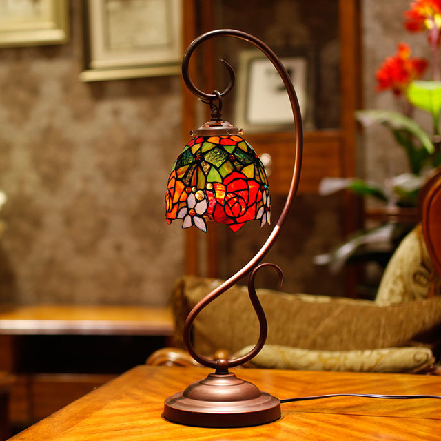 Exceptionnel European Style Rural Colour Glass Bedroom Head Red Festival Warm And  Romantic Decorative Table Lamp Wedding