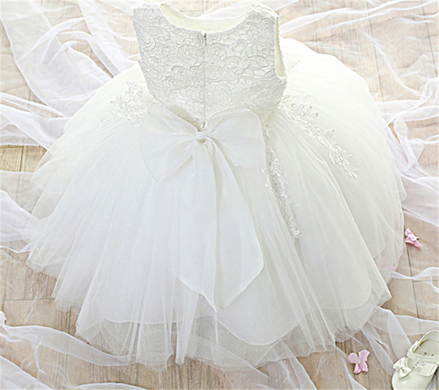 New Baby Lace Christening Gown Dress Little Bridesmaid Wedding Pageant  Dresses Elegant Evening Party White Girls Baptism Clothes-in Dresses from  Mother ... 61c73ccf0b5a