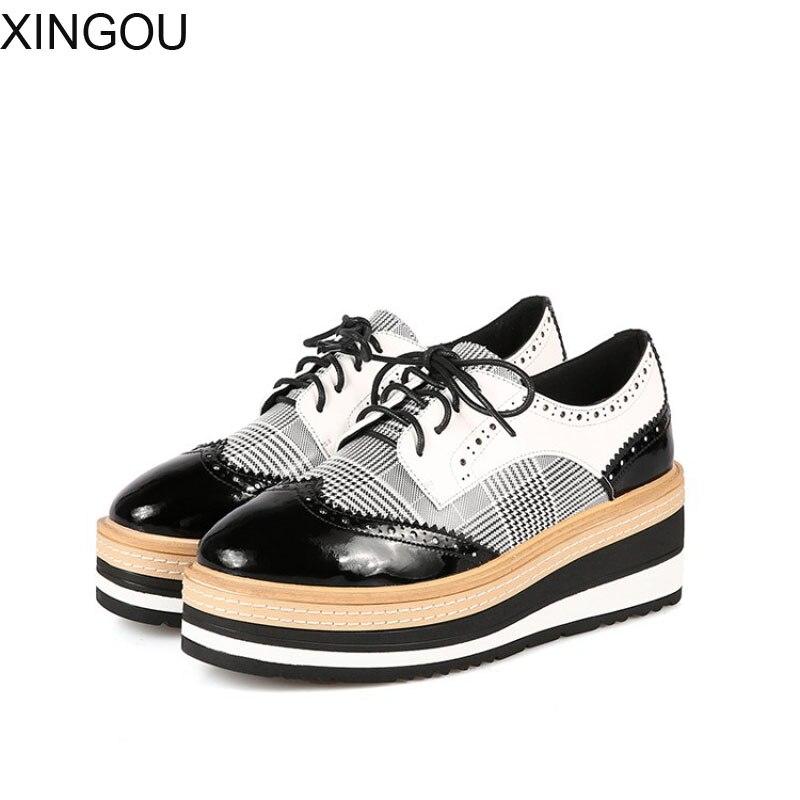 Mode 2018 nouveau Brogue femmes chaussures printemps cuir plate-forme décontracté chaussures à lacets femmes appartements augmenté chaussures Bullock