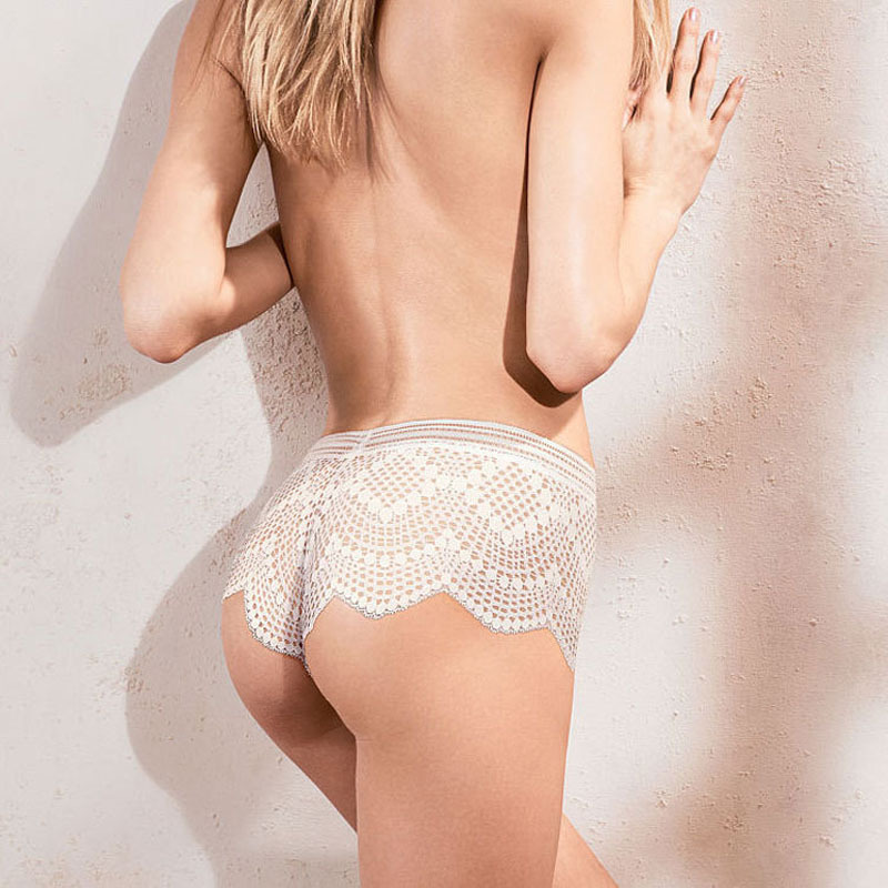 Luckymily 2018 New Fashion Breathable Lace   Panties   Women's Underwear Hollow Out Mid-Rise Ladies Girl Sexy Lingerie Briefs Thong