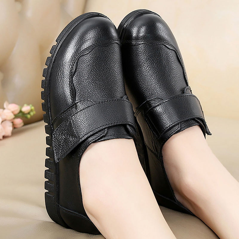 Image 3 - 2019 fashion ladies flats casual shoes round toe big size 35 41 sewing genuine leather shoes women sapato feminino-in Women's Flats from Shoes