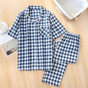 Image 3 - Пижамный комплект для мужчин и женщин, новинка весны, сетчатая хлопковая клетчатая одежда для сна для любимых, простой стиль, короткий рукав + брюки, комплект из 2 предметов, домашняя одежда