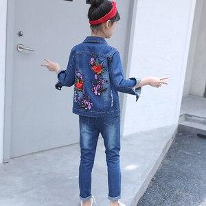 Image 5 - Zestaw ubrań dla dziewczynek Denim kurtki + spodnie jeansowe 2 szt. Zestaw dla dziewczynek haft w kwiaty ubrania dla dziewczynek 6 8 10 12 13 14 rok