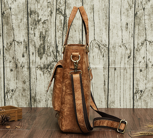 In 2018, the new leather handbag is made of leather bags.pinepoxp bag.