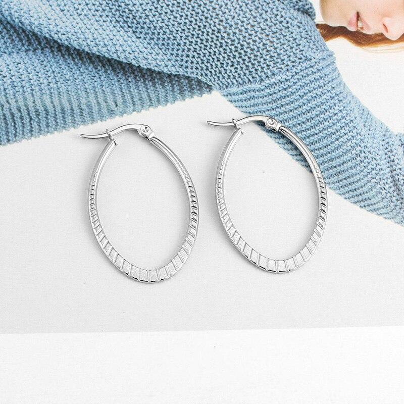 HAZEL – Embossing Geometric Hoop Earrings Earrings Hoop Earrings 8d255f28538fbae46aeae7: 1366 Gold|1366 Silver|1367 Gold|1367 Silver|1370 Gold|1370 Silver