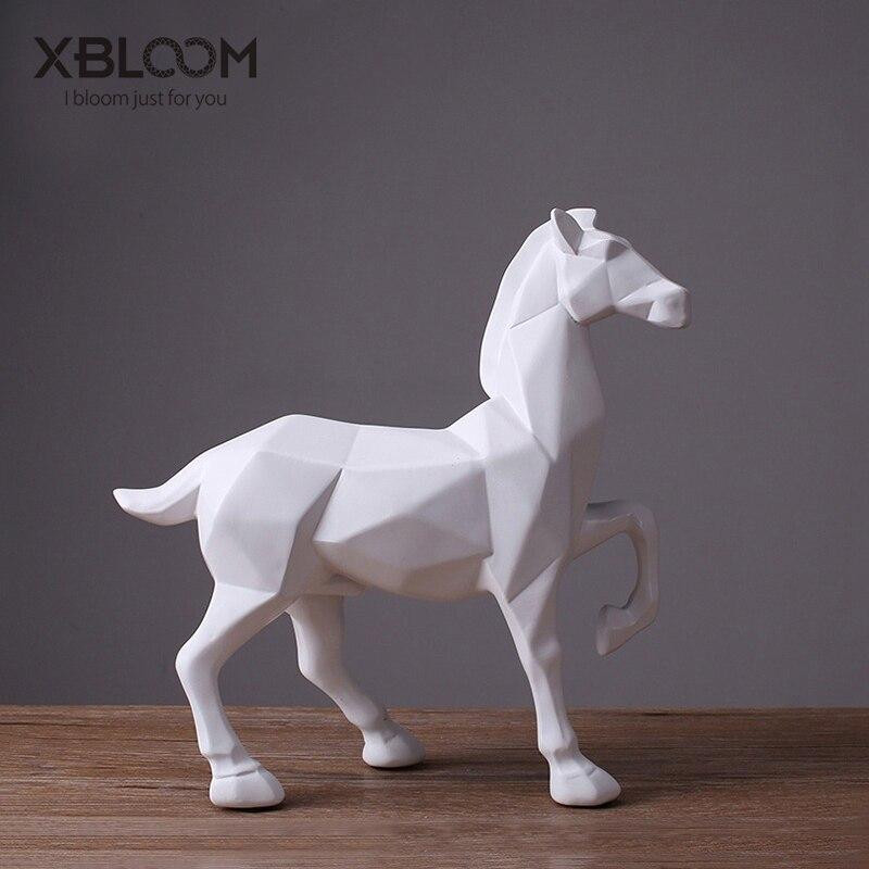 Géométrique à facettes blanc cheval statue décor cheval de troie licorne rouge cerf autocollant moderne maison accessoires maison mariage vase décor