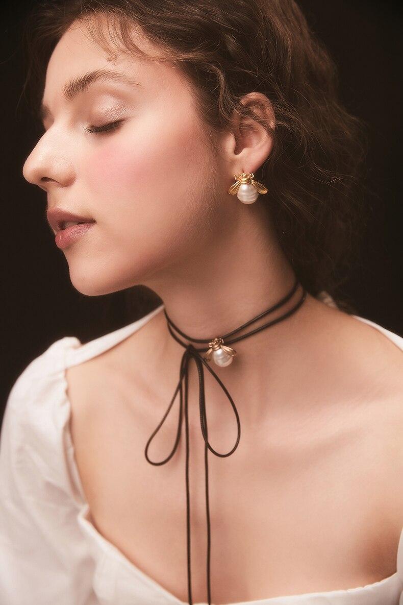 high end original design vintage elegant small beeglass pearl 925 silver earrings
