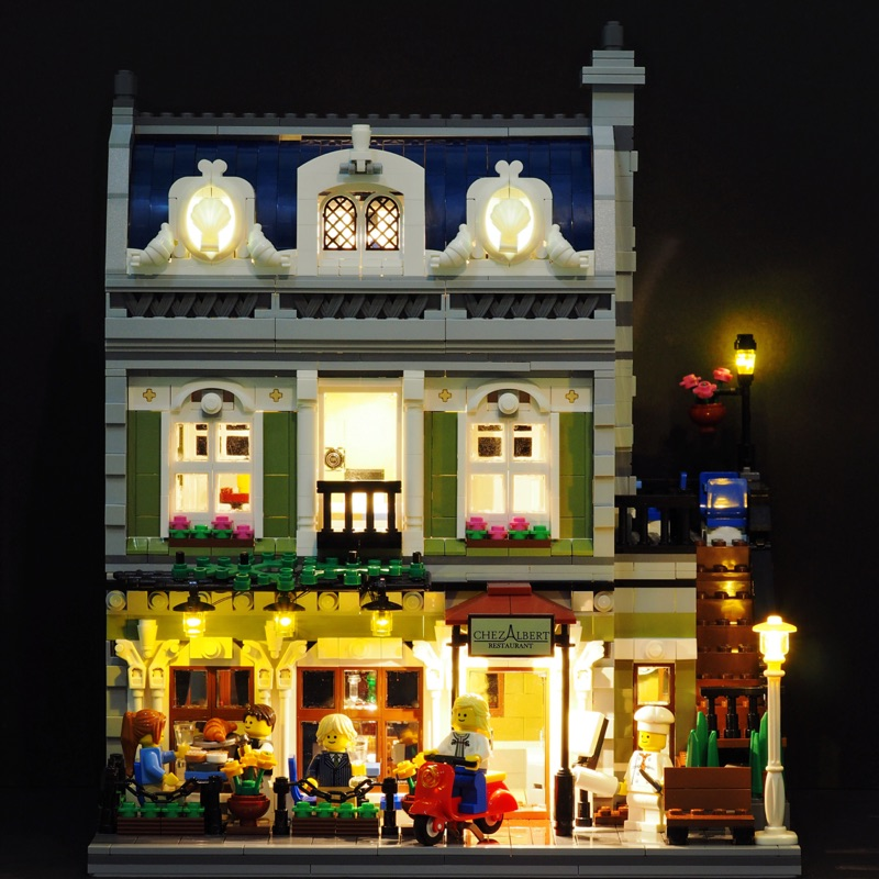 DHL Lepin 15010 2418 pcs Expert City Street Parisian Restaurant Model Building Kits Blocks Toy Compatible 10243 new lepin 15010 expert city street parisian restaurant model building kits blocks funny children toys compatible with 10243 gift